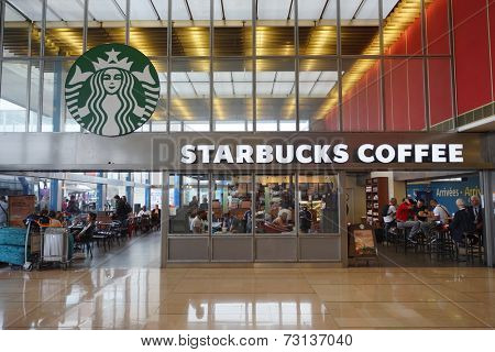 PARIS - SEPTEMBER 04: Starbucks cafe in Orly Airport on September 04, 2014 in Paris, France. Paris Orly Airport is an international airport located partially in Orly, south of Paris
