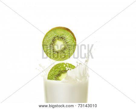 Milk shake in a glass beaker with kiwi