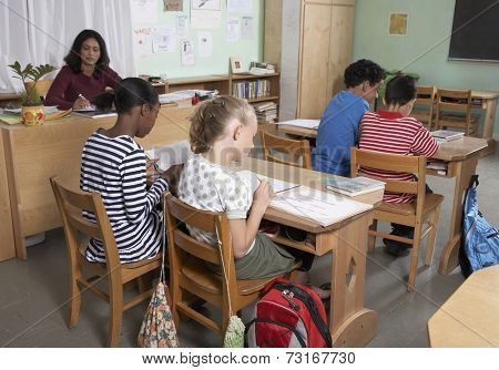 Multi-ethnic students in class