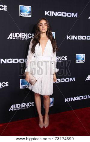 LOS ANGELES - OCT 1:  Olivia Culpo at the