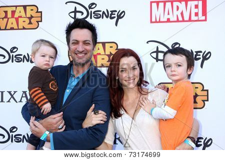 LOS ANGELES - OCT 1:  Stephen Full, Annie Wersching, Ozzie Wersching Full, Freddie Wersching Fullat the VIP Disney Halloween Event at Disney Pop Up Store on October 1, 2014 in Glendale, CA