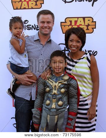 LOS ANGELES - OCT 1:  Eric Nenninger, Angel Parker, Naomi Nenninger, James Nenninger at the VIP Disney Halloween Event at Disney Consumer Product Pop Up Store on October 1, 2014 in Glendale, CA
