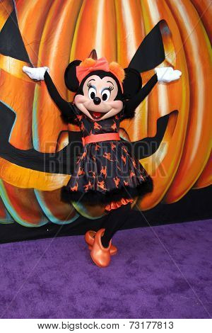 LOS ANGELES - OCT 1:  Minnie Mouse at the VIP Disney Halloween Event at Disney Consumer Product Pop Up Store on October 1, 2014 in Glendale, CA