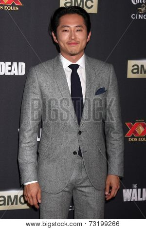 LOS ANGELES - OCT 2:  Steven Yeun at the