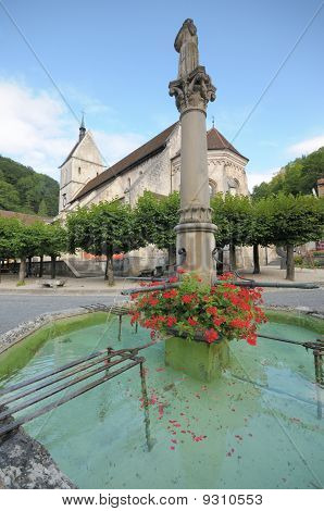 Swiss Village Square and Fountain