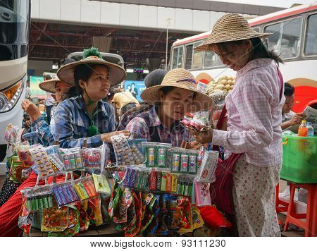 Street Pedlars Selling Local Souvenirs In Myanmar