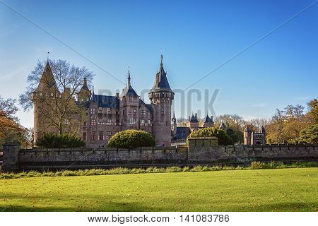 Haarzuilens, The Netherlands - November 9: picture of Kasteel de Haar the largest and most luxurious castle in the Netherlands, taken November 9, 2014 in Haarzuilens, Netherlands