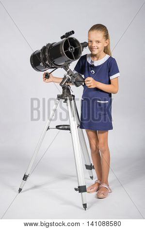 The Young Astronomer Sets Up A Telescope And Looked Into The Frame