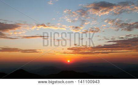 Evening sunset view of beautiful sky with sun