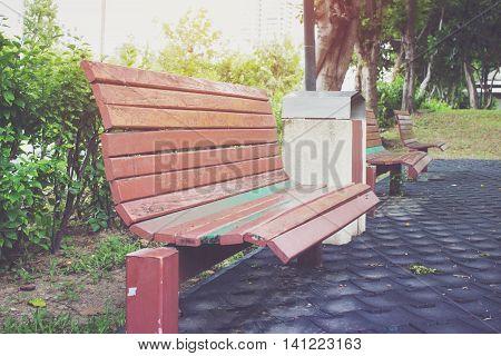 Bench in park, Park Bench in the Morning Light