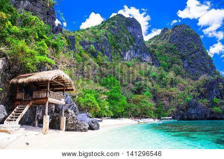 Tropical solitude -  white sandy beaches of Philippines, El Nido