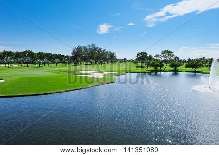 Land Scape Wide green lawns golf courses.