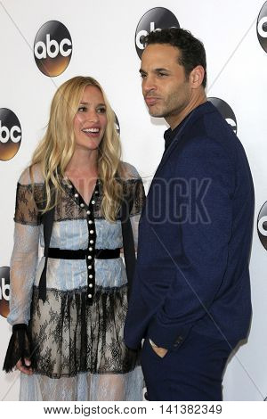 LOS ANGELES - AUG 4:  Piper Perabo, Daniel Sunjata at the ABC TCA Summer 2016 Party at the Beverly Hilton Hotel on August 4, 2016 in Beverly Hills, CA