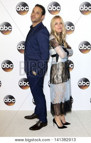 LOS ANGELES - AUG 4:  Daniel Sunjata, Piper Perabo at the ABC TCA Summer 2016 Party at the Beverly Hilton Hotel on August 4, 2016 in Beverly Hills, CA