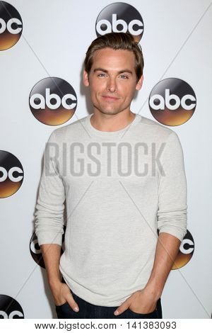LOS ANGELES - AUG 4:  Kevin Zegers at the ABC TCA Summer 2016 Party at the Beverly Hilton Hotel on August 4, 2016 in Beverly Hills, CA