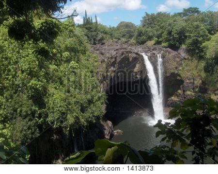 Rainbow Falls Hawaii 2