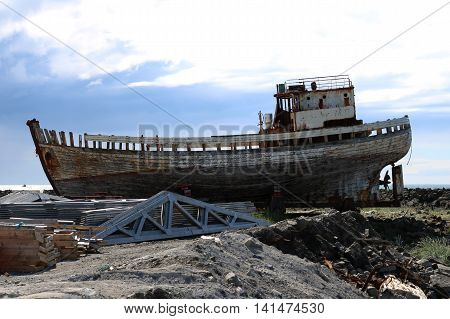 odl wreck ship - boat of ghost - full view