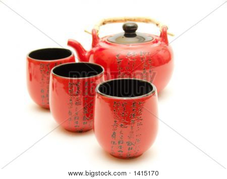 Chinese Teapot With Cups
