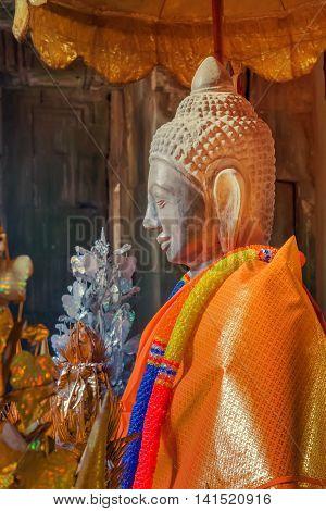 Buddha statue in wat, Buddha face background
