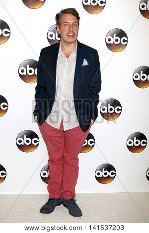 LOS ANGELES - AUG 4:  John Ross Bowie at the ABC TCA Summer 2016 Party at the Beverly Hilton Hotel on August 4, 2016 in Beverly Hills, CA