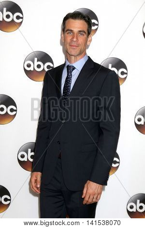 LOS ANGELES - AUG 4:  Eddie Cahill at the ABC TCA Summer 2016 Party at the Beverly Hilton Hotel on August 4, 2016 in Beverly Hills, CA