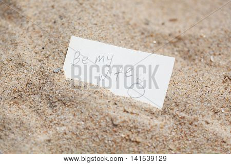 Message Be My Wife On The Sand