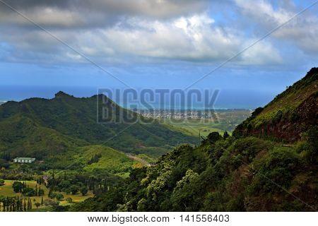 Nuuanu Pali State Park, O'ahu, Hawaii..