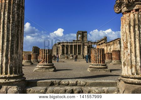Ruins Of Antique Roman Temple In Pompeii, Italy