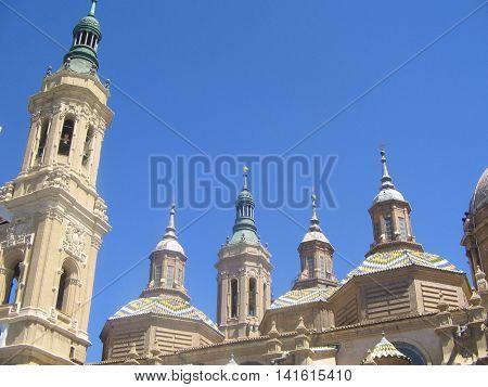 Catedral-Basílica del Pilar. Precioso monumento e importante. Zaragoza. España.
