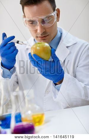 Food testing in the laboratory GMO food