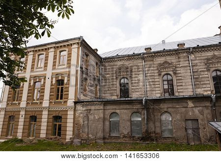 repairing old synagogue built 1902-1905 year , located in Grodno, Belarus