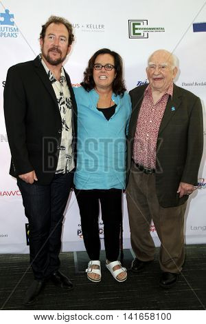 LOS ANGELES - AUG 6:  Matt Asner, Rosie O'Donnell, Ed Asner at the 4th Annual Ed Asner And Friends Poker Tournament For Autism Speaks at the South Park Center  on August 6, 2016 in Los Angeles, CA