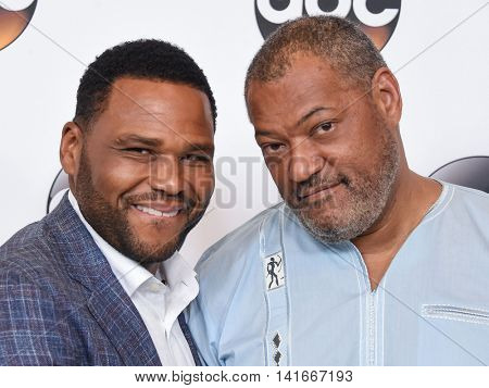 LOS ANGELES - AUG 04:  Anthony Anderson & Laurence Fishburne arrives to the ABC TCA Press Party 2016 on August 04, 2016 in Hollywood, CA