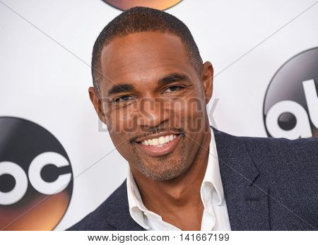 LOS ANGELES - AUG 04:  Jason George arrives to the ABC TCA Press Party 2016 on August 04, 2016 in Hollywood, CA
