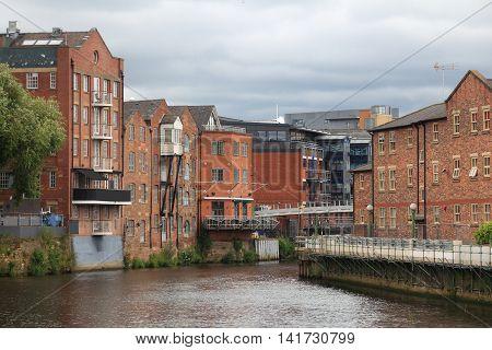 Leeds - River Aire