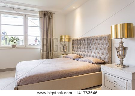 Fancy Bedroom For Luxurious Living