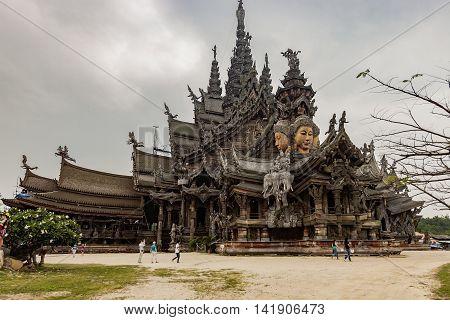Wang Boran, Prasat Mai In Pattaya, Thailand