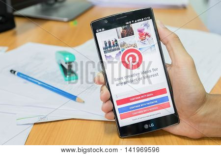 CHIANG MAITHAILAND - JUNE 182016 : LG G4 with social Internet service Pinterest on the screen. Pinterest is an online pinboard that allows people to pin their interesting things.