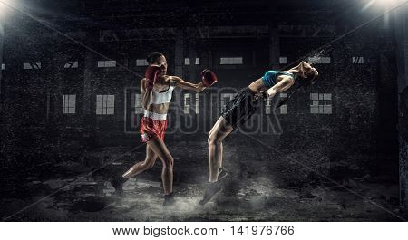 Women ultimate fighting . Mixed media