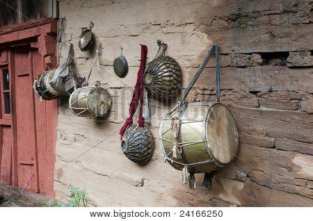 Tambores indios tradicionales antiguos