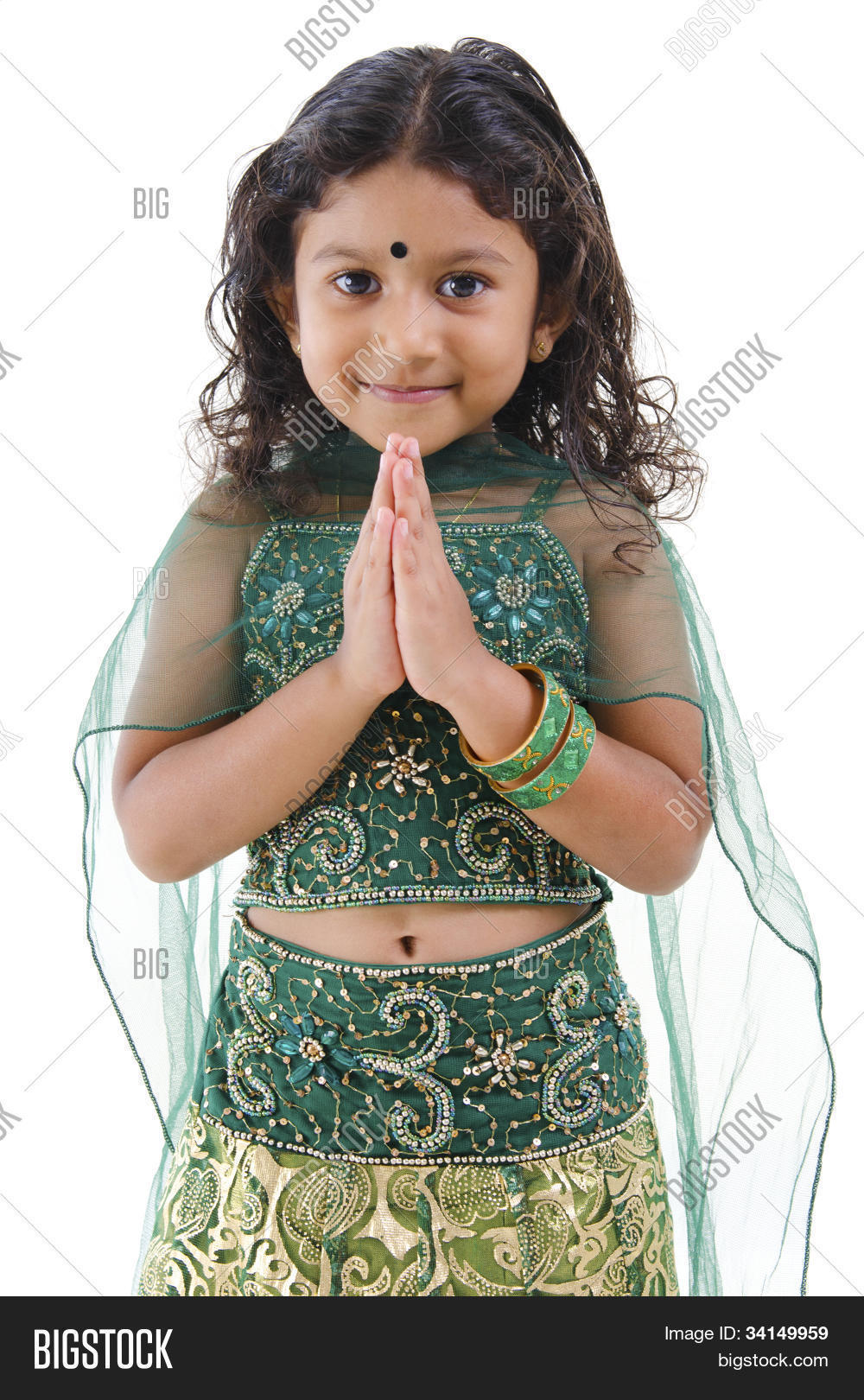 little genesee hindu single women I am a hindu woman and i would not consider it  usually you mix with little water to make a paste and depends the  bindi – meaning and significance of the.