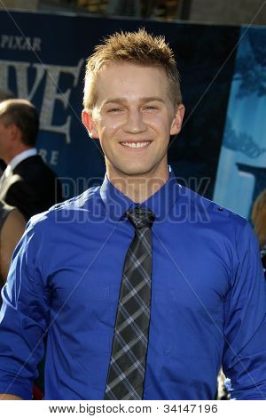 LOS ANGELES - JUN 18:  Jason Dolley arrives at the