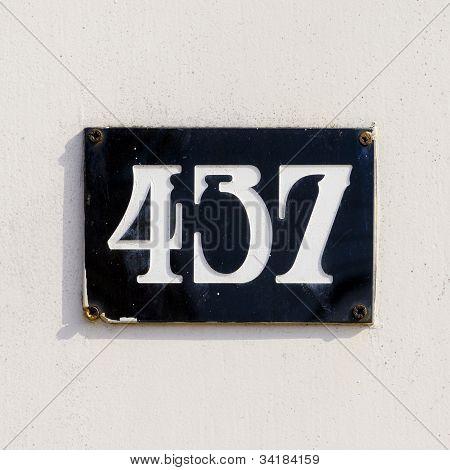 Nr. 437