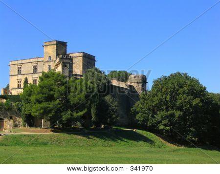Lourmarin Castle In Provence