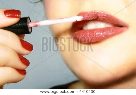 Applying The Lip Gloss