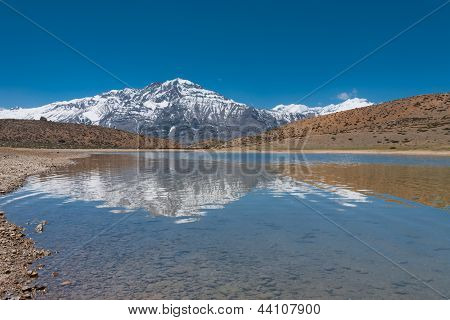 Alpine Lake Snowcapped Mountain Dhankar Himalayas