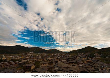 Zhongdian Village Houses Roofs Cloudy Landscape