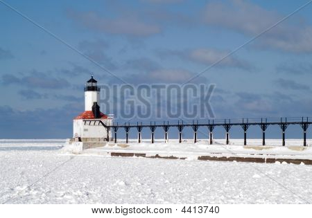 Michigan City East Pierhead Lighthouse