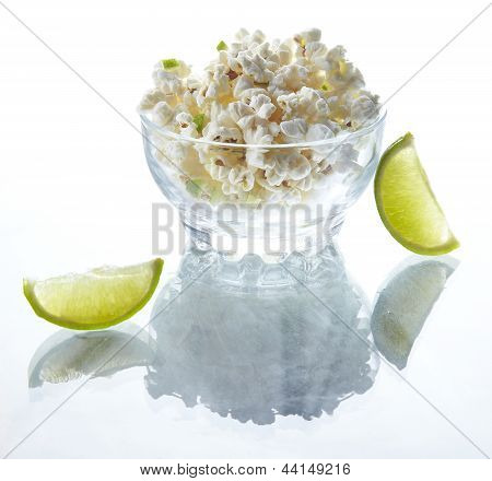 Popcorn with lime