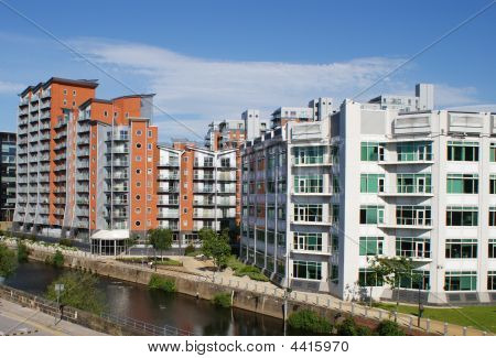 River Siide Apartments